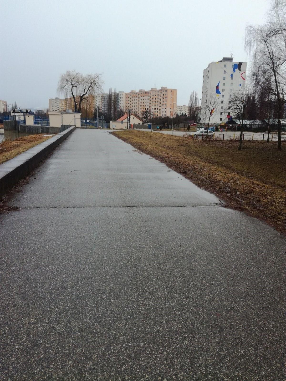 trasa podľa Petra Remiho -jazero